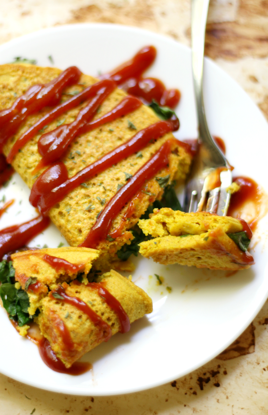 Vegan Chickpea Flour Omelette | Strength and Sunshine @RebeccaGF666 Vegans can have their omelettes too! With chickpea flour and spiked with nutritional yeast, this omelette has just as much protein as the egg version! A vegan chickpea flour omelette, gluten-free and soy-free, is a breakfast recipe to fuel you all day long!