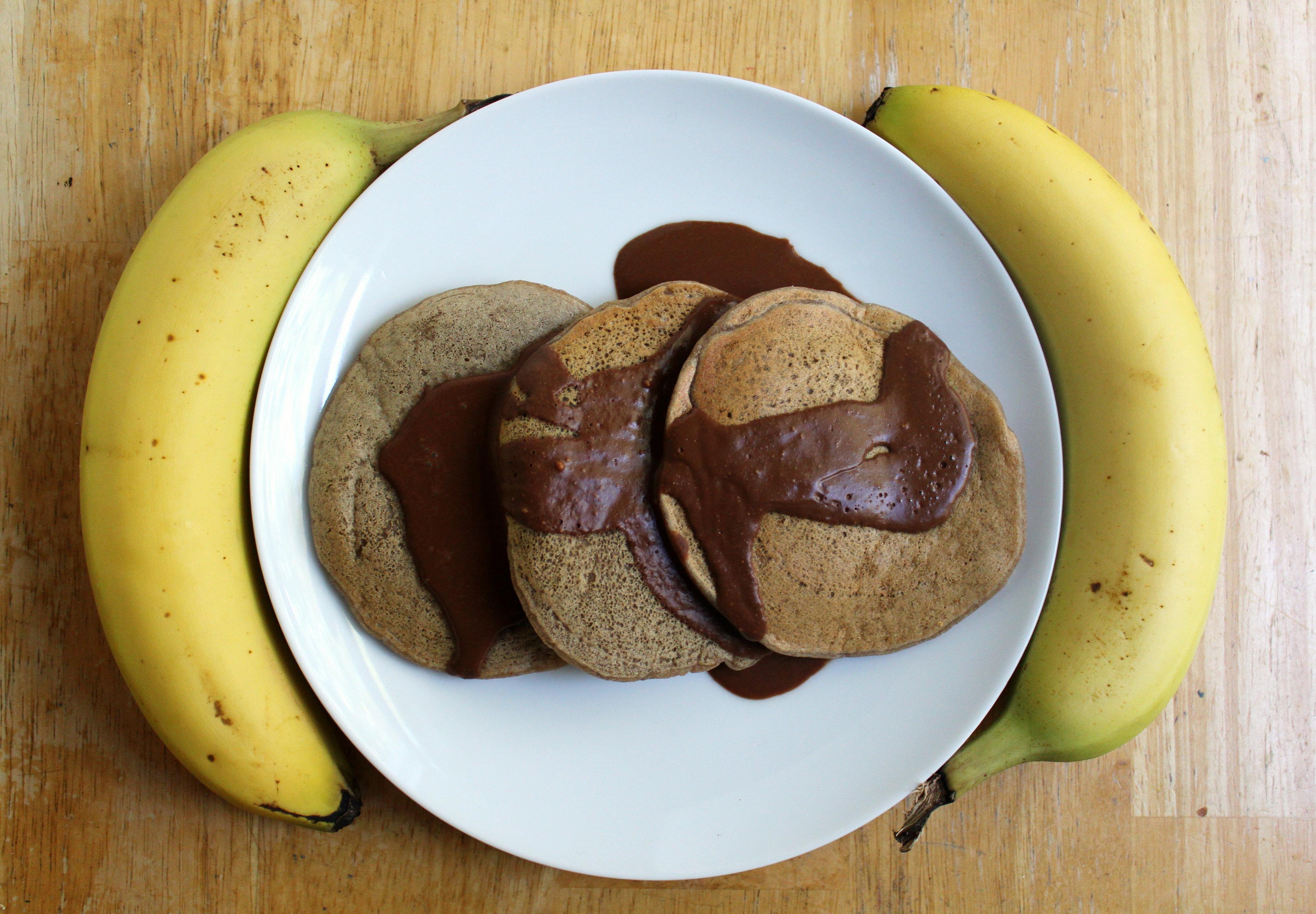 Banana Butterscotch Pancakes | Strength and Sunshine #glutenfree #vegan #pancakes