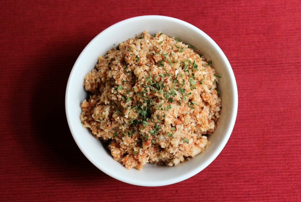 Tomato Basil Cauliflower Rice | Strength and Sunshine #lowcard #glutenfree #paleo #vegan