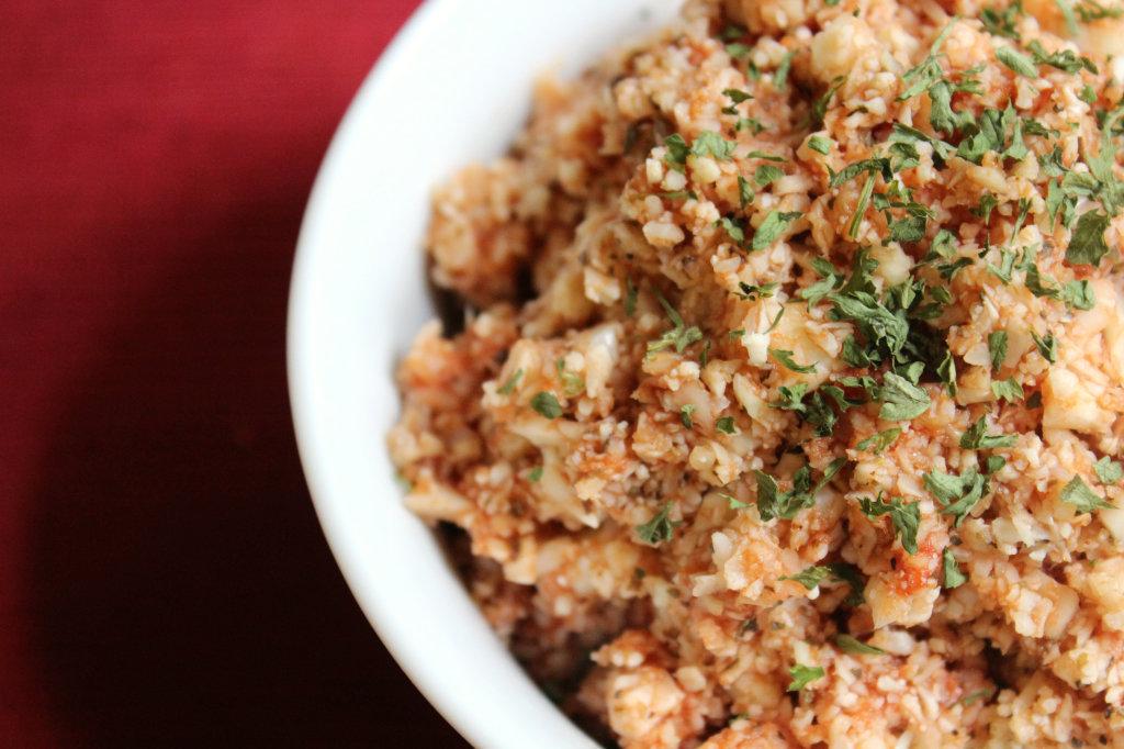 Tomato Basil Cauliflower Rice   Strength and Sunshine #lowcard #glutenfree #paleo #vegan