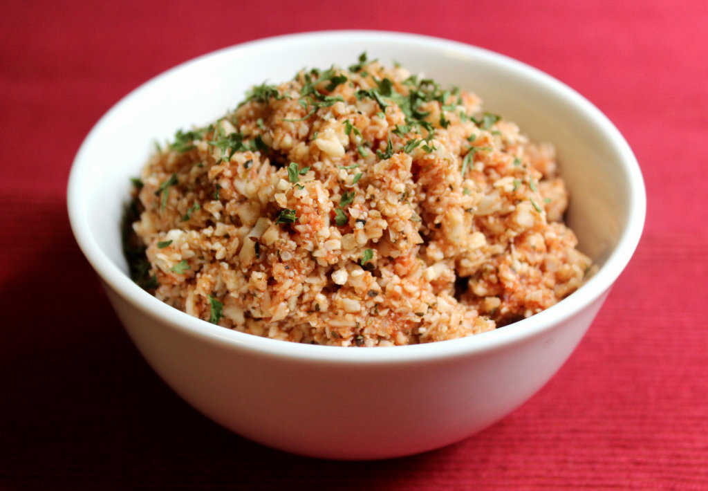 Tomato Basil Cauliflower Rice | Strength and Sunshine #lowcard #glutenfree #paleo #vegan