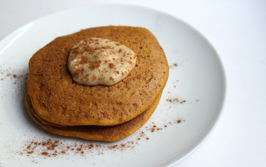 Ultra-Fluffy Vanilla Pumpkin Chickpea Pancakes | Strength and Sunshine #glutenfree #grainfree #vegan