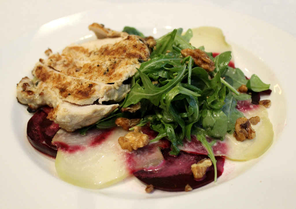 Beet Salad with Grilled Chicken | Strength and Sunshine