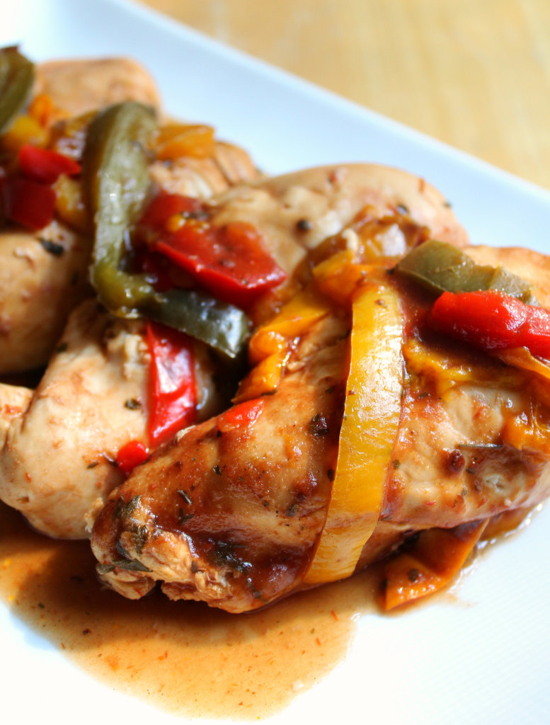 Slow Cooker BBQ Chicken | Strength and Sunshine @RebeccaGF666 #glutenfree #paleo #slowcooker #chicken