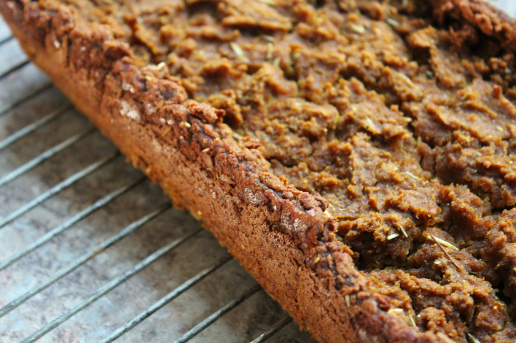 Grain-Free Butternut Squash Bread | Strength and Sunshine @RebeccaGF666 #grainfree #glutenfree #vegan #eggfree #dairyfree #bread #butternutsquash