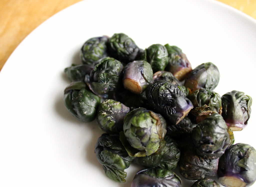 Baby Purple Brussels Sprouts | Strength and Sunshine @RebeccaGF666 #brusselssprouts #vegatables