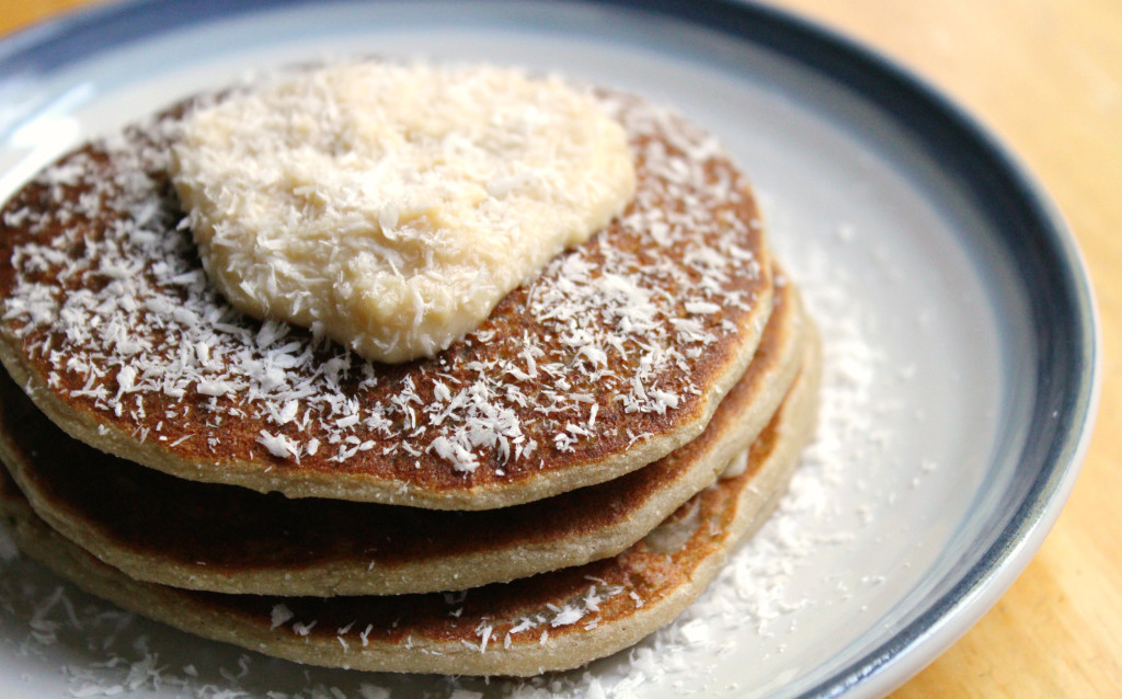 Fruity Banana Coconut Pancakes | Strength and Sunshine @RebeccaGF666 #pancakes #breakfast #glutenfree #vegan