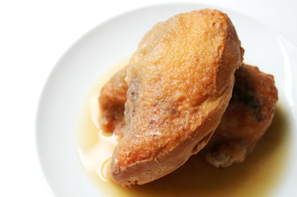 Slow Cooker Applesauce Chicken | Strength and Sunshine @RebeccaGF666 #chicken #dinner #slowcooker #paleo #glutenfree