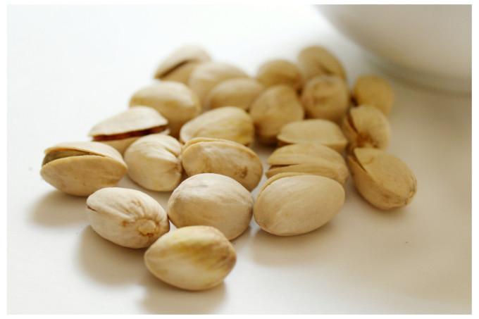 Cantaloupe Pistachio Granola | Strength and Sunshine @RebeccaGF666 #granola #glutenfree #vegan #soyfree #sugarfree #breakfast #snacks