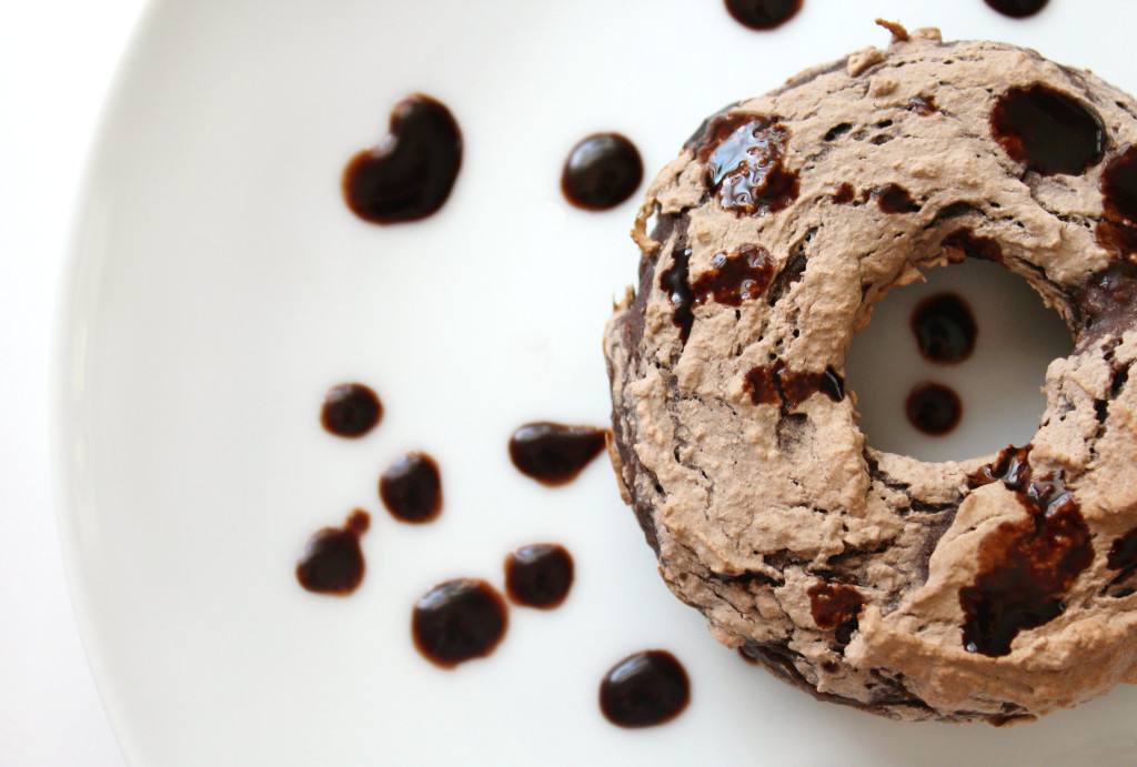 Triple Chocolate Doughnuts | Strength and Sunshine @RebeccaGF666 #doughnuts #glutenfree #vegan #paleo #breakfast #dessert