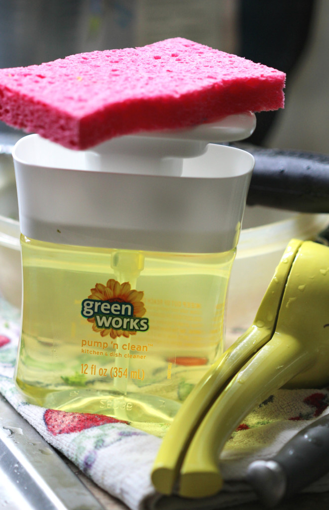 Green Works Pump 'N Clean | Strength and Sunshine @RebeccaGF666 #ad #NaturallyClean