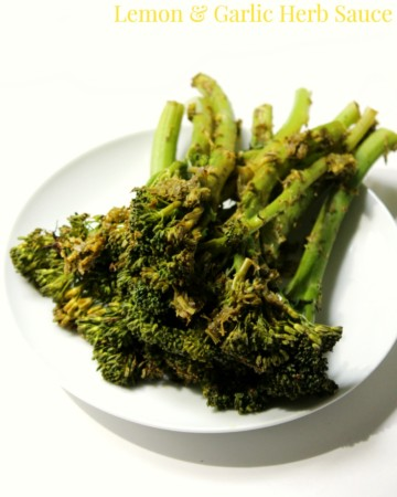 Roasted Broccolini with Lemon & Garlic Herb Sauce | Strength and Sunshine @RebeccaGF666 A simply refreshing way to bring some flavor to roasted broccolini. An easy and delicious vegetable side dish, to complement any meal, with loads of fresh herbs, lemon, and garlic. Gluten-free, vegan, paleo, dairy-free, and healthy.