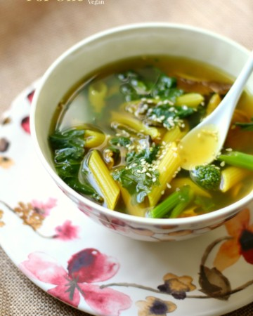 Tummy Healing Soup For One | Strength and Sunshine @RebeccaGF666 Soup for the soul. A gluten-free and vegan tummy healing soup for one full of anti-inflammatory and nourishing ingredients. Turmeric, ginger, veggies, spices, and a bit of pasta to bring you all the love your body needs. @BarillaUS #GlutenFreeBarilla #Pmedia #ad