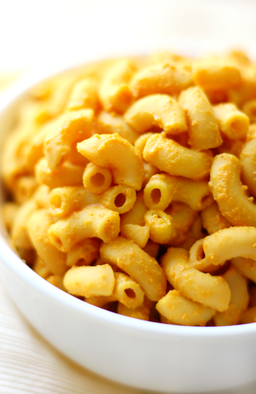 One Pot Vegan Mac & Cheese | Strength and Sunshine @RebeccaGF666 Easy one-pot vegan mac & cheese that's gluten-free, grain-free, and nut-free! The perfect quick, healthy, protein-packed dinner recipe, ready in less than 10 minutes, making it one weeknight family favorite where moms and kids approve!