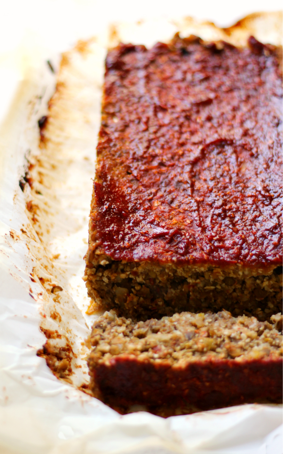 Vegan Cauliflower Lentil Loaf | Strength and Sunshine @RebeccaGF666 A hearty plant-based dinner idea that will satisfy even meat-eaters! A Vegan Cauliflower Lentil Loaf that mimics the classic meatloaf with no meat, gluten-free, nut-free, and soy-free! Get all your protein and veggies in this healthy recipe!