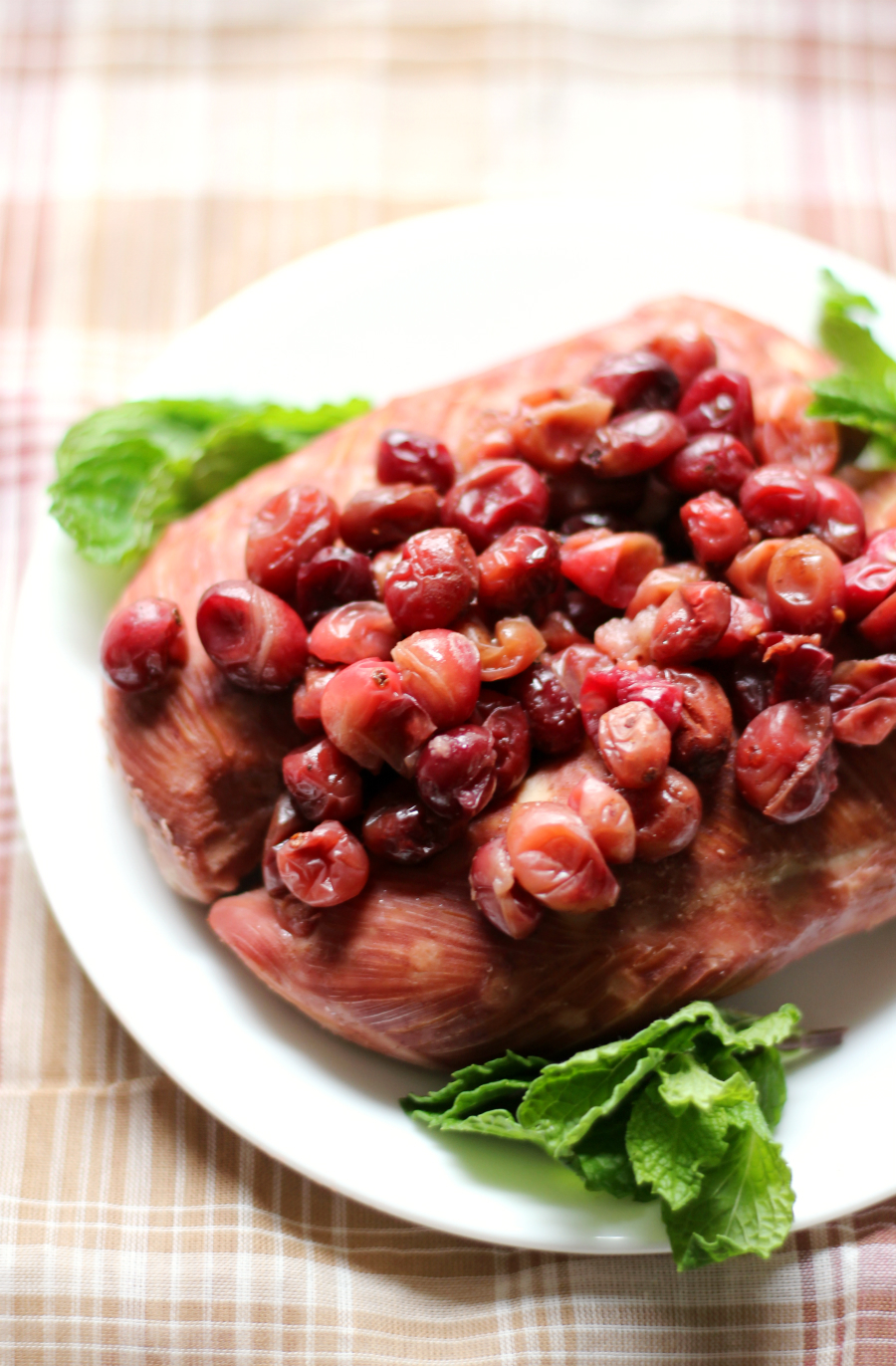 Slow Cooker Cranberry Chicken | Strength and Sunshine @RebeccaGF666 One of the easiest cold weather weeknight dinner recipes you can make! Slow Cooker Cranberry Chicken that's gluten-free, allergy-free, and paleo! Just 3 ingredients in the crockpot and you'll have a family with happy healthy bellies at dinnertime!