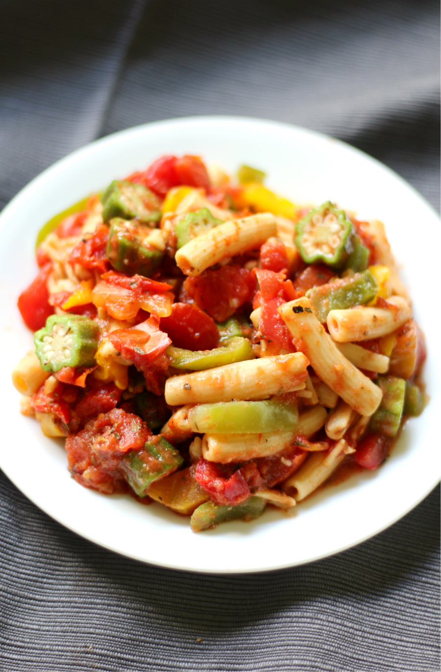 One-Pot Cajun Pasta (Gluten-Free, Vegan) | Strength and Sunshine @RebeccaGF666 An easy One-Pot Cajun Pasta dinner recipe that's allergy-free, gluten-free, and vegan! A healthy meatless dish filled with bell pepper, okra, tomatoes, and loads of flavorful spices and herbs all mixed together with your favorite pasta!