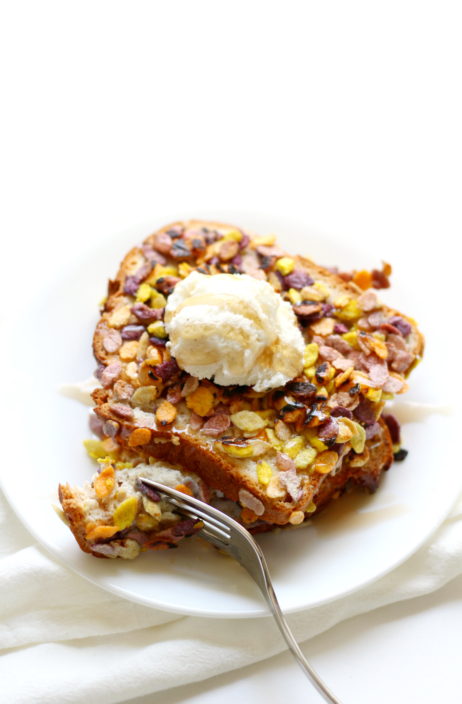 Rainbow Rockin' French Toast (Gluten-Free, Allergy-Free, Vegan) | Strength and Sunshine @RebeccaGF666 A special breakfast recipe that will bring out all the smiles! Rainbow Rockin' French Toast that's gluten-free, allergy-free and vegan so you can serve the kids something fun and prove that eating with food allergies is not boring!