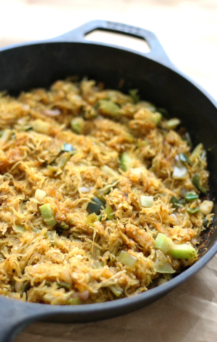 Mexican Spaghetti Squash Hash Browns (Gluten-Free, Vegan, Paleo) | Strength and Sunshine @RebeccaGF666 A lighter take on the savory breakfast hash! This Mexican Spaghetti Squash Hash Browns recipe is gluten-free, vegan, paleo, allergy-friendly, and easy to whip up! A healthy and veggie-packed meal to start your day off right and with a little spice!