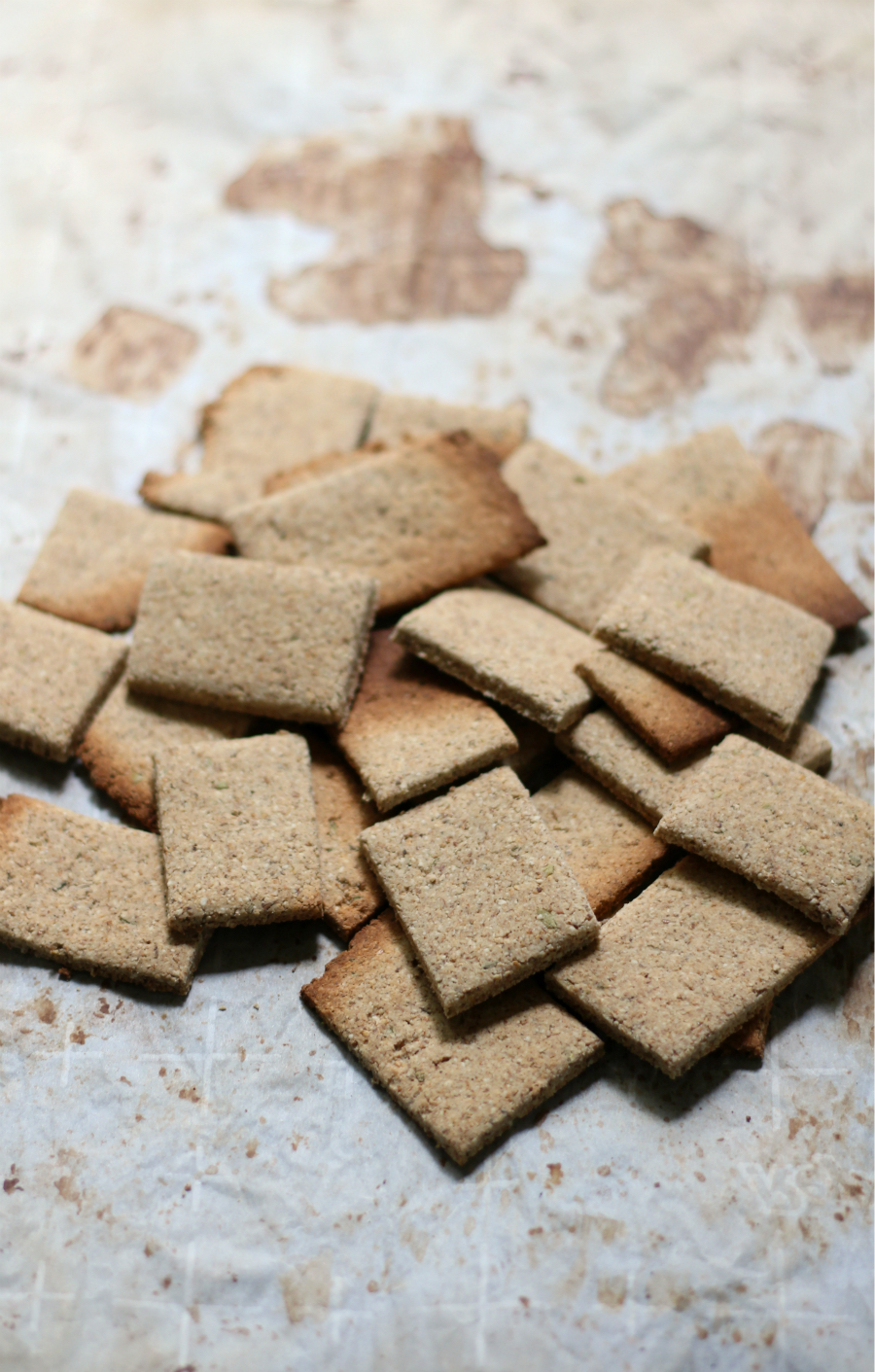 Savory Italian Tigernut Flour Crackers (Gluten-Free, Vegan, Paleo) | Strength and Sunshine @RebeccaGF666 A healthy and delicious grain-free snack! Savory Italian Tigernut Flour Crackers, easy and homemade, baked in the oven, and gluten-free, vegan, paleo, and allergy-free! They are perfect for an everyday snack or a fancy addition to an appetizer platter!