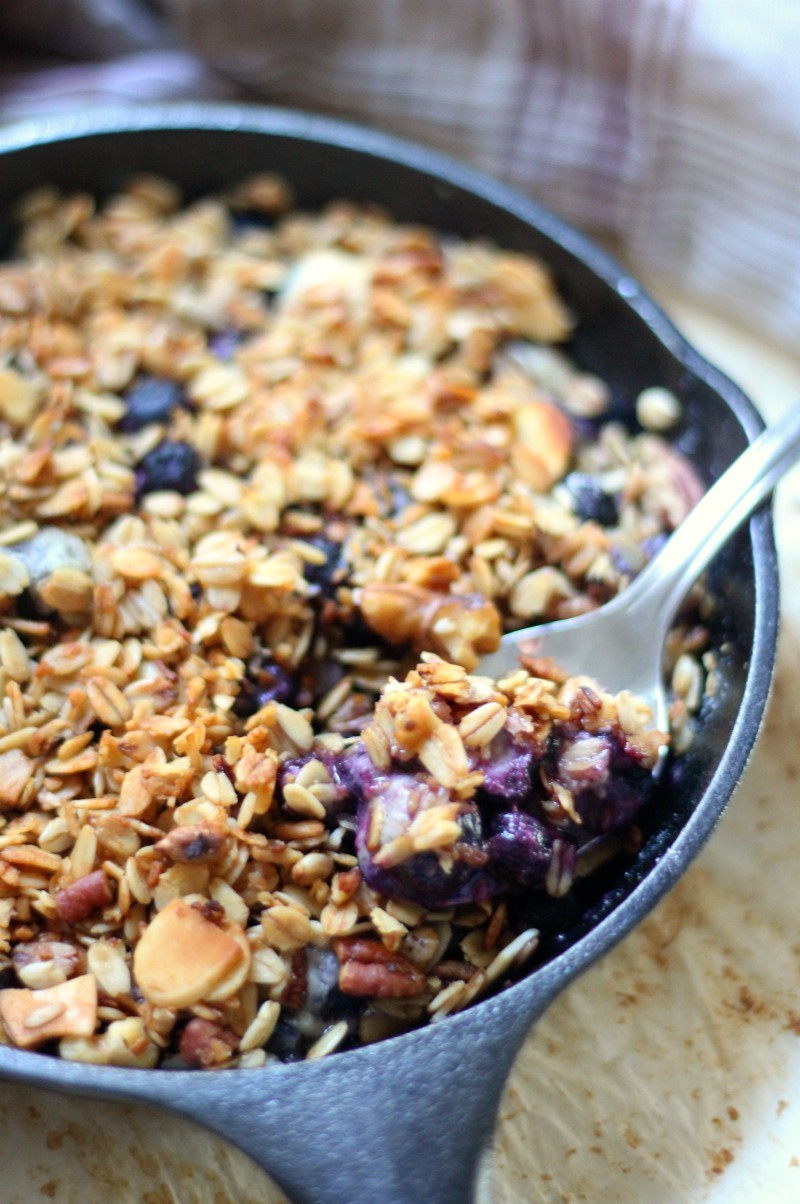 Skillet Blueberry Crisp For Two (Gluten-Free, Vegan) | Strength and Sunshine @RebeccaGF666 A simple fruit crisp recipe for two! This Skillet Blueberry Crisp is gluten-free, vegan, and top 8 allergy-free. Get out that cast iron and make a healthy, easy treat when you need something sweet and comforting!