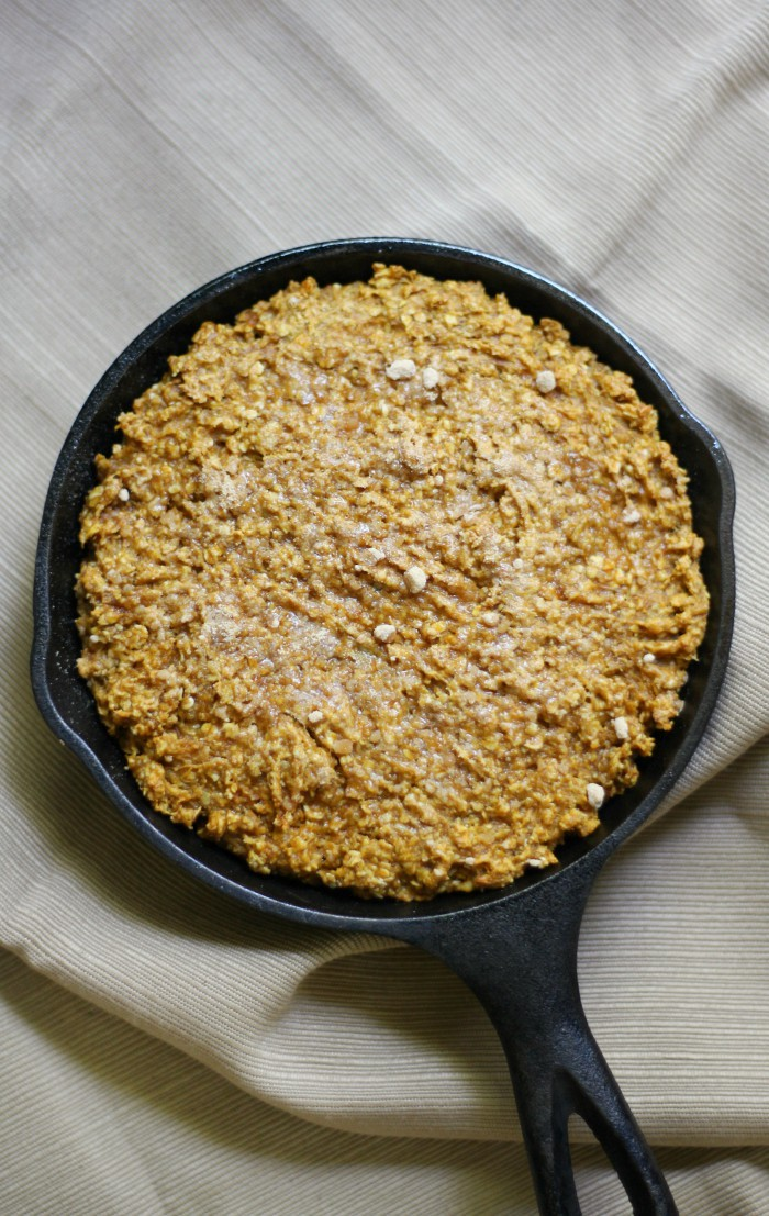 Gluten-Free Maple Pumpkin Baked Oatmeal (Vegan, Allergy-Free) | Strength and Sunshine @RebeccaGF666 Bake up this quick & cozy Gluten-Free Maple Pumpkin Baked Oatmeal recipe for a delicious autumn breakfast! Vegan, top-8 allergy-free, & baked right in a cast iron skillet with a crisp maple sugar top!