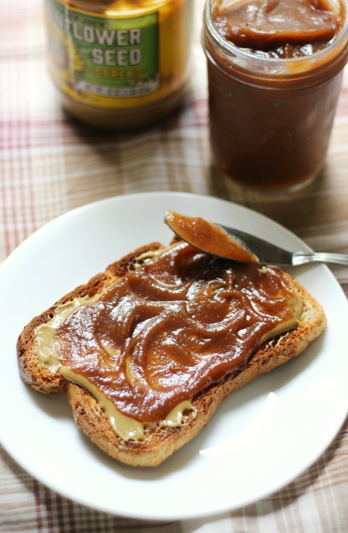 Slow Cooker Apple Butter (No Peeling!) | Strength and Sunshine @RebeccaGF666 Thick, creamy, and sweet Slow Cooker Apple Butter with no peeling required! All those freshly picked apples cooked down in the crock-pot for a perfect sweet and aromatic spread recipe that's gluten-free, vegan, paleo, and allergy-free! #applebutter #slowcooker #crockpot #glutenfree #vegan #paleo #apples