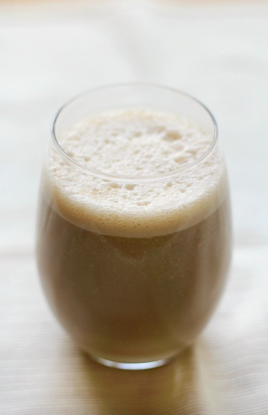 Vegan Coconut Coffee Breakfast Shake (Gluten-Free) | Strength and Sunshine @RebeccaGF666 A satiating and hunger-crushing recipe for the best Vegan Coconut Coffee Breakfast Shake! When you're rushing out the door, but still need morning fuel to keep you going all day, this gluten-free, healthy high fat, sneaky protein smoothie is just what you need (with a caffeine kick)! #breakfast #shake #highfat #vegan #glutenfree #coconut #coffee