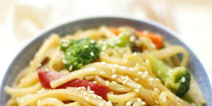 10-Minute Gluten-Free Vegetable Lo Mein (Vegan, Allergy-Free)