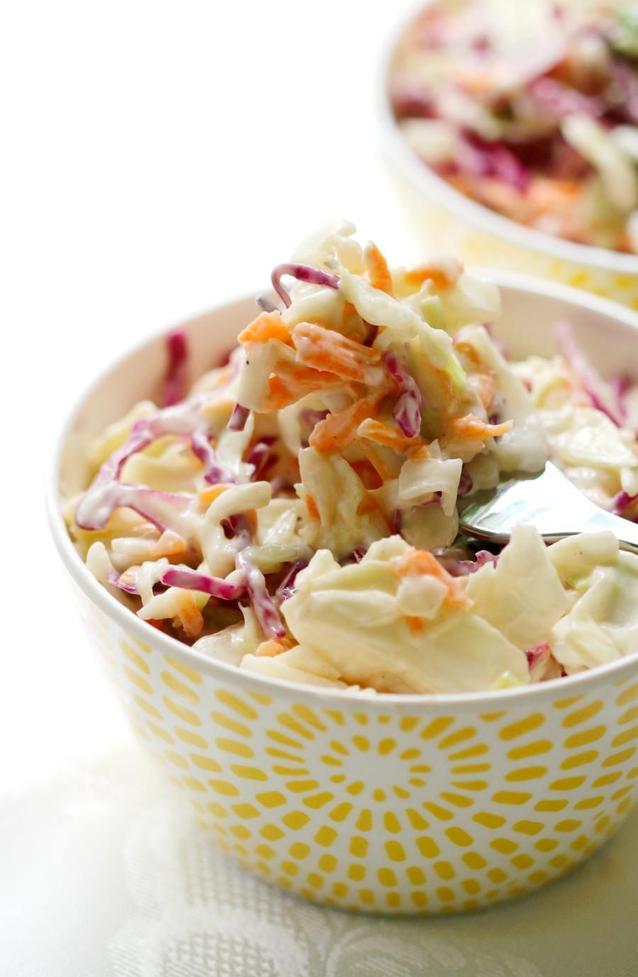 coleslaw-bowl-fork-bite