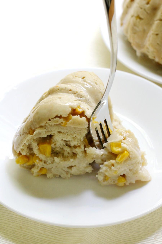 fork-in-pastel-de-elote-cake-slice