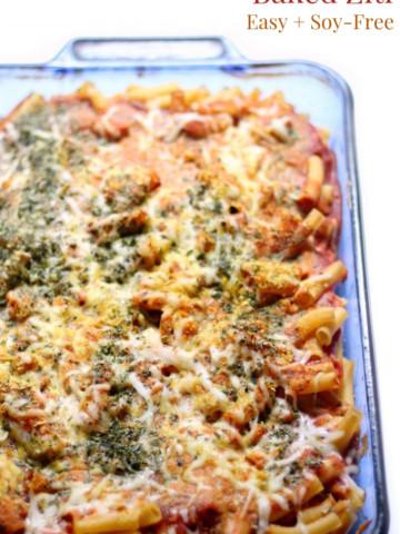 baked-ziti-casserole-dish