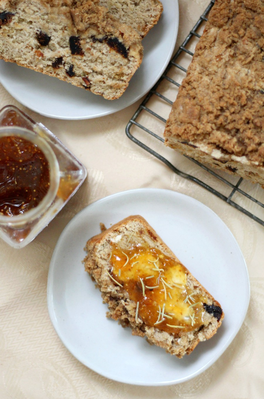 overhead-rosemary-fig-bread-table