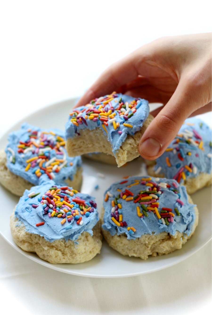 blue-frosted-soft-sugar-cookie-hand-grab