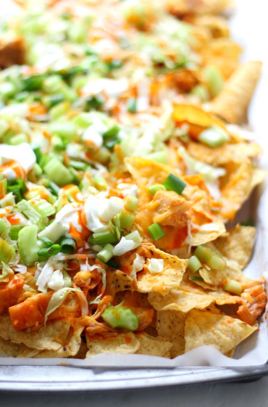 right-corner-sheet-pan-vegan-buffalo-chicken-nachos