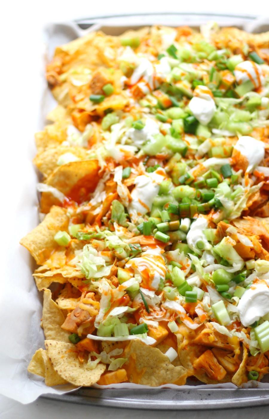 left-side-sheet-pan-vegan-buffalo-chicken-nachos