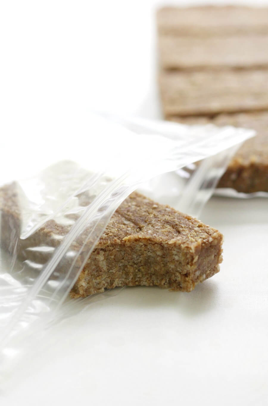 no-bake granola bar in a plastic storage bag