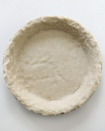unbaked gluten-free vegan pie crust in pie dish