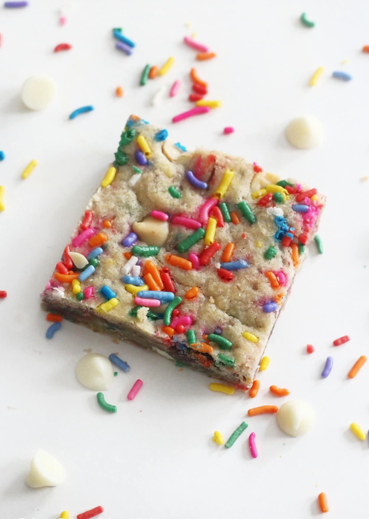 center cut gluten-free funfetti blondie bar with sprinkles